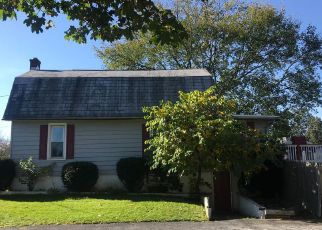 Foreclosed Home in Lebanon 17042 EMMA ST - Property ID: 4409845586