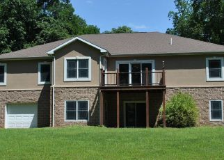 Foreclosed Home in Dillsburg 17019 SUNSET CT - Property ID: 4409855658