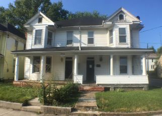 Foreclosed Home in Martinsburg 25401 W KING ST - Property ID: 4409856531