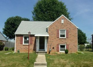 Foreclosed Home in York 17404 OATMAN ST - Property ID: 4409872291