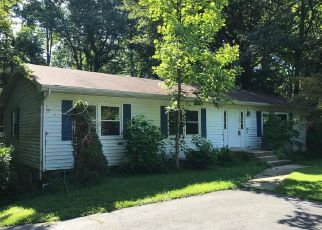 Foreclosed Home in Huntingtown 20639 STINNETT RD - Property ID: 4409896385