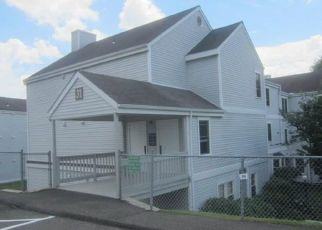 Foreclosed Home in Danbury 06811 MILL PLAIN RD - Property ID: 4409916531