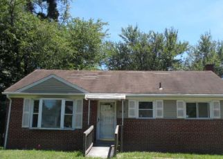 Foreclosed Home in Clinton 20735 WOODYARD RD - Property ID: 4409925290