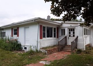 Foreclosed Home in Williamsburg 23188 MAGAZINE RD - Property ID: 4409954190
