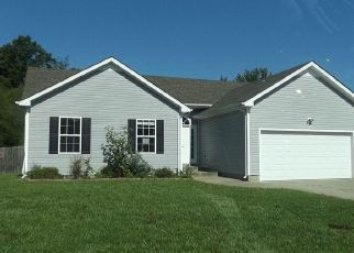 Foreclosed Home in Clarksville 37042 MUTUAL DR - Property ID: 4409987937