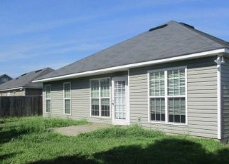 Foreclosed Home in Valdosta 31605 GREENHILL DR - Property ID: 4410009830