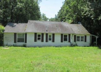 Foreclosed Home in Hampton 23669 E LITTLE BACK RIVER RD - Property ID: 4410088660