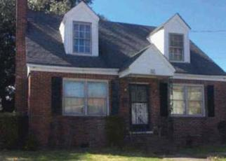 Foreclosed Home in Norfolk 23504 MAPOLE AVE - Property ID: 4410094346