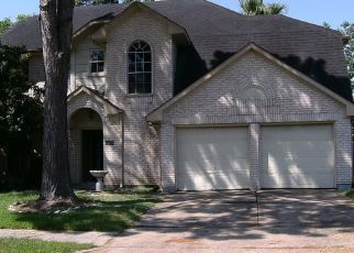 Foreclosed Home in Pearland 77581 TOWER BRIDGE RD - Property ID: 4410106618