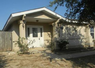 Foreclosed Home in Laredo 78046 TRENT DR - Property ID: 4410109233