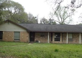 Foreclosed Home in Splendora 77372 COUNTY ROAD 3663 - Property ID: 4410125896