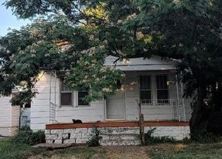 Foreclosed Home in Wichita 67211 S MARKET ST - Property ID: 4410154351