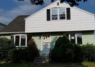 Foreclosed Home in Buffalo 14223 N ELLWOOD AVE - Property ID: 4410238897