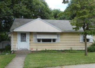 Foreclosed Home in Hamden 06514 FURMAN RD - Property ID: 4410250715