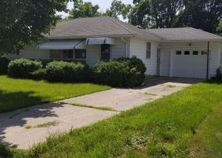 Foreclosed Home in Gaylord 55334 9TH ST - Property ID: 4410296700