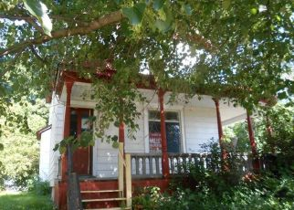 Foreclosed Home in Winthrop 55396 N HENNEPIN ST - Property ID: 4410297574