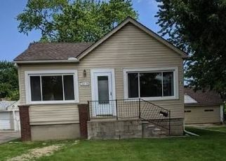 Foreclosed Home in Roseville 48066 MEIER ST - Property ID: 4410316857