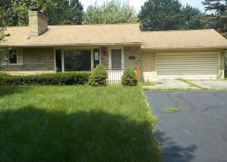 Foreclosed Home in Flint 48506 N HILLCREST CIR - Property ID: 4410330416