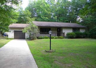 Foreclosed Home in Sanford 48657 W SAND BEACH DR - Property ID: 4410337428