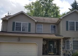 Foreclosed Home in Trenton 08619 MILLER AVE - Property ID: 4410349694