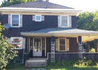 Foreclosed Home in Millinocket 04462 OXFORD ST - Property ID: 4410362836