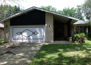 Foreclosed Home in Matteson 60443 OAKWOOD LN - Property ID: 4410384734