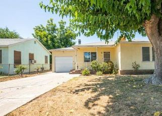Foreclosed Home in Bakersfield 93308 CASTAIC AVE - Property ID: 4410391292