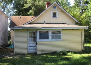 Foreclosed Home in Leavenworth 66048 MICHIGAN AVE - Property ID: 4410395232