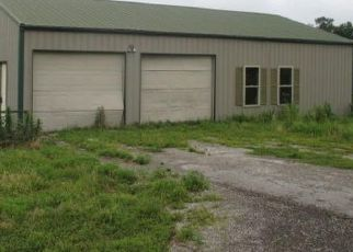 Foreclosed Home in Anna 62906 BODY BARN RD - Property ID: 4410419324