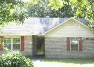Foreclosed Home in Hinesville 31313 DAVIS ST - Property ID: 4410460499