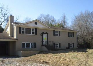 Foreclosed Home in Waldorf 20601 GARDNER RD - Property ID: 4410489399