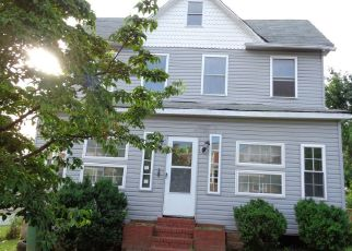 Foreclosed Home in Baltimore 21229 MACTAVISH AVE - Property ID: 4410512621