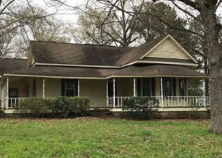 Foreclosed Home in Linden 36748 COURT ST - Property ID: 4410539327