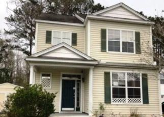 Foreclosed Home in Okatie 29909 UNIVERSITY PKWY - Property ID: 4410571298