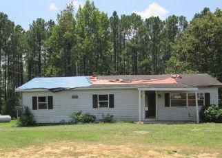 Foreclosed Home in Linden 28356 OVERHILLS RD - Property ID: 4410600651