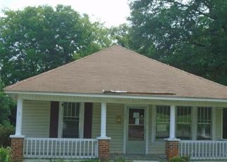 Foreclosed Home in Lancaster 29720 N YORK ST - Property ID: 4410616866