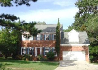 Foreclosed Home in Lawrenceville 30045 GATES MILL WALK - Property ID: 4410619932