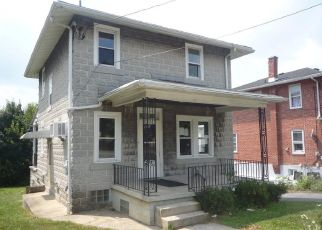 Foreclosed Home in Reading 19605 EARL ST - Property ID: 4410723276