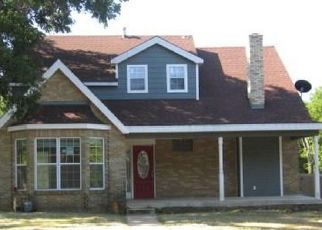 Foreclosed Home in Denison 75020 W MORGAN ST - Property ID: 4410758316