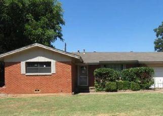 Foreclosed Home in Burkburnett 76354 CHERYL DR - Property ID: 4410759191