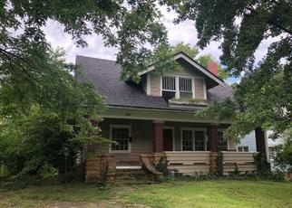 Foreclosed Home in Independence 67301 S 5TH ST - Property ID: 4410765774
