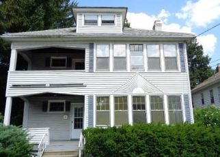 Foreclosed Home in New Britain 06052 VANCE ST - Property ID: 4410811763