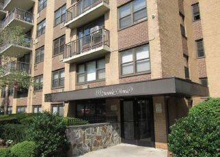 Foreclosed Home in White Plains 10603 FERRIS AVE - Property ID: 4410824459