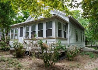 Foreclosed Home in Wakefield 02879 KINGSTOWN RD - Property ID: 4410867373