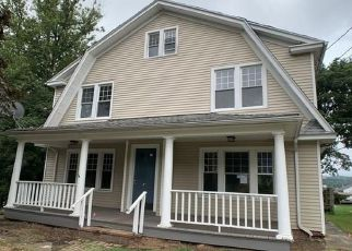 Foreclosed Home in Meriden 06451 LAMBERT AVE - Property ID: 4410869122