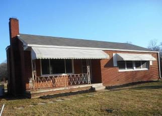 Foreclosed Home in Waldorf 20601 BEALLE HILL RD - Property ID: 4410891465