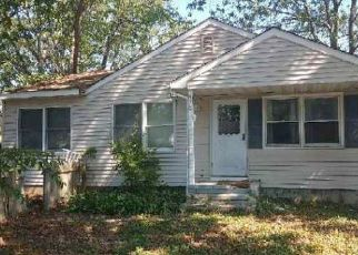 Foreclosed Home in Brick 08723 MANTOLOKING RD - Property ID: 4410899342