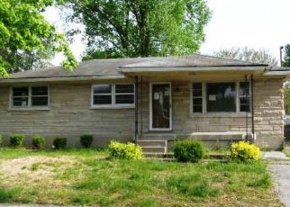 Foreclosed Home in Louisville 40216 QUINN CT - Property ID: 4410922564
