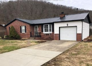 Foreclosed Home in Barboursville 25504 GLOUCESTER CT - Property ID: 4410947523