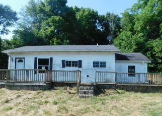 Foreclosed Home in Verona 41092 ROBERTS RD - Property ID: 4410950144
